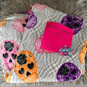 Betsey Johnson Sugar Skull Pink Purple Lush Throw